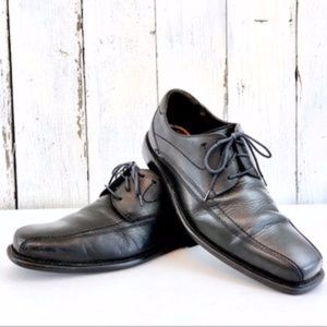 J&M FLEX Black Leather Oxfords